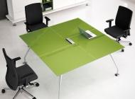 Стол для переговоров 160х160 со стеклянной столешницей